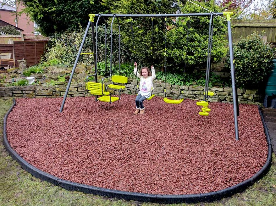 Rubber Playground Chippings M Amp B Surfaces