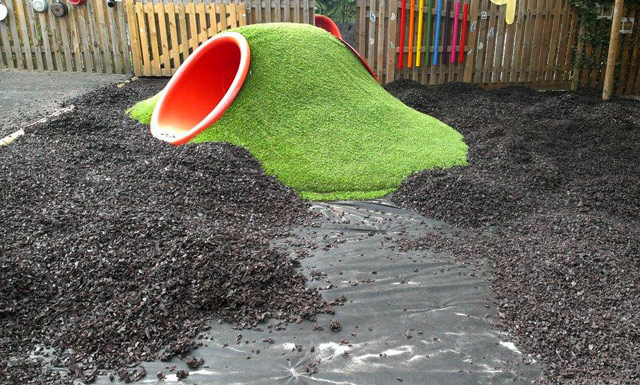 More rubber chippings still to be barrowed!