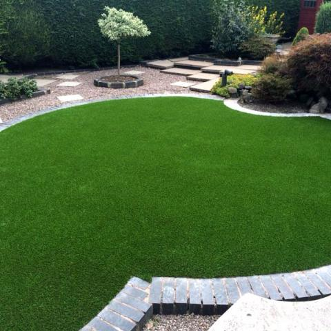 Artificial Grass shown in a more formal setting