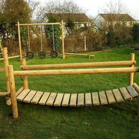 Clatterbridge for adventure trails in schools and playgrounds