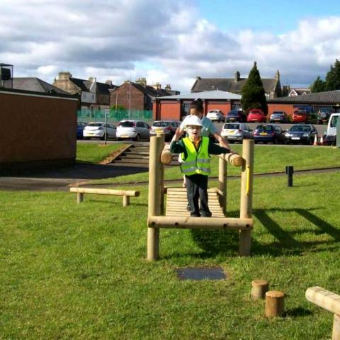 Clatterbridge for fun trails in schools and playgrounds