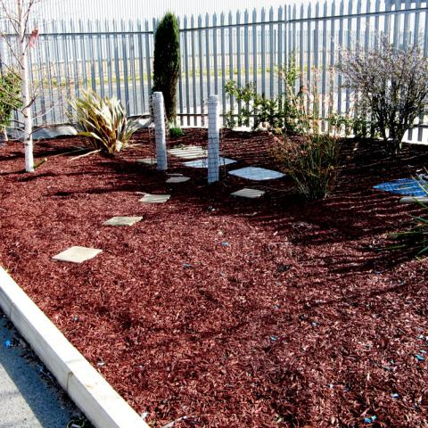 Mini rubber chippings in a commercial setting
