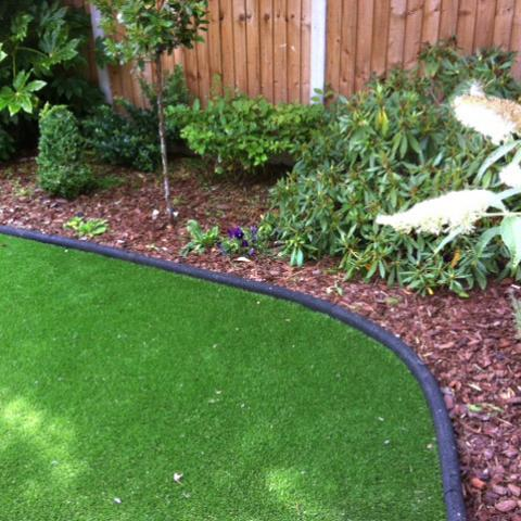Rubber Border Edging on a curve