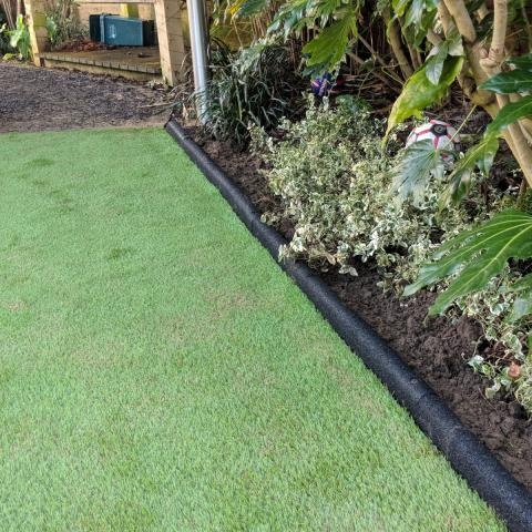 Rubber Edging in a domestic garden