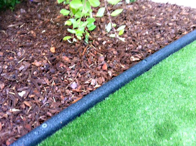 Rubber Border Edging For Lawns Beds Amp Play Areas
